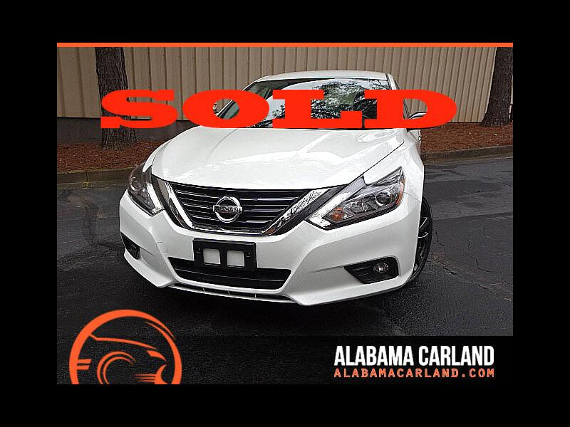 2017 Nissan Altima 2.5 SR Sports Black Night Edition LED HID XM BT Al
