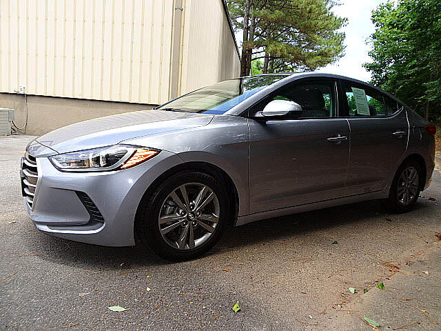 2017 Hyundai Elantra SE Sports Popular Equipment Back Up Camera XM BT A
