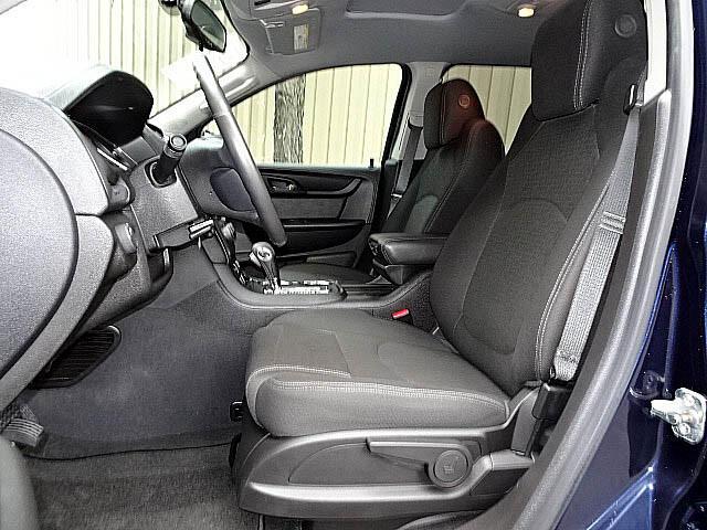 2016 GMC Acadia SLE Package Sunroof Heated Seats Back Up Camera LE