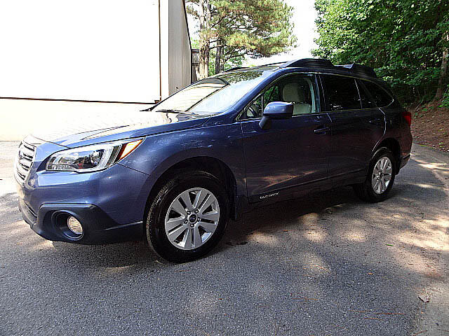 2016 Subaru Outback 2.5i Premium Heated Seats Back Up Camera XM BT All