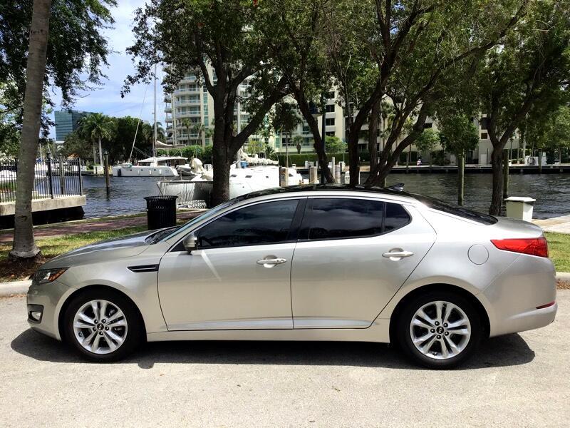 Kia Optima 4dr Sdn 2.4L Auto EX 2011