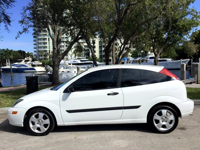 Ford Focus 3dr Cpe ZX3 Base 2003