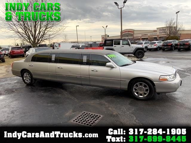 2010 Lincoln Town Car 4dr Sdn Executive w/Limousine Pkg