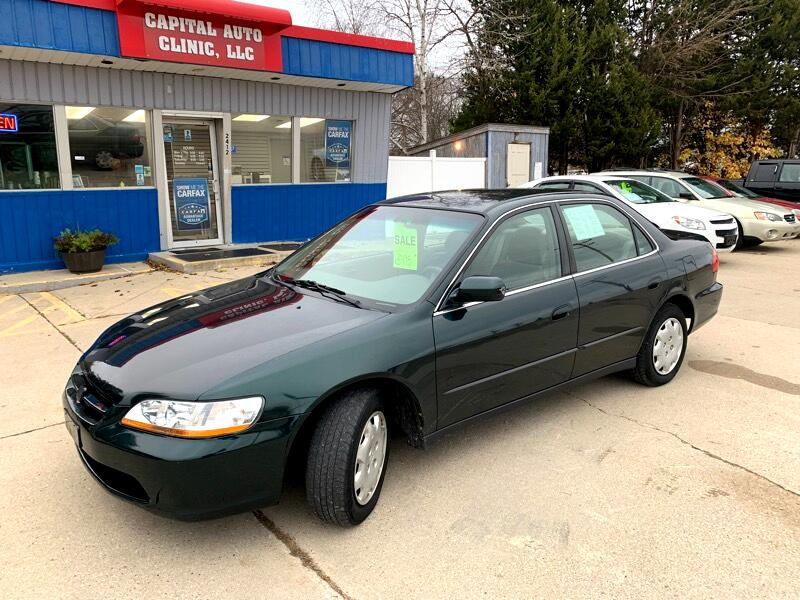1998 Honda Accord 4dr Sedan LX Auto