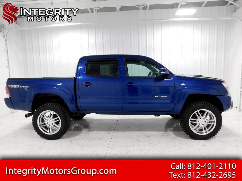 Toyota Tacoma TRD Sport Double Cab 6' Bed V6 4x4 AT (Natl) 2015