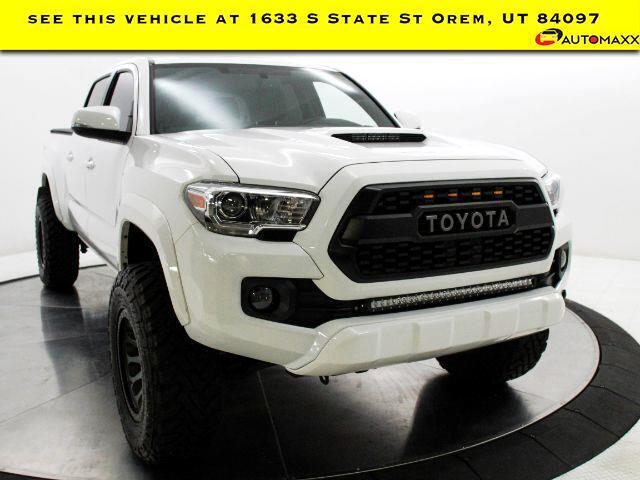 2017 Toyota Tacoma TOYOTA Tacoma TRD Sport Crew Cab 4WD