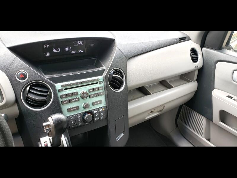 Honda Pilot LX 2WD 5-Spd AT 2010