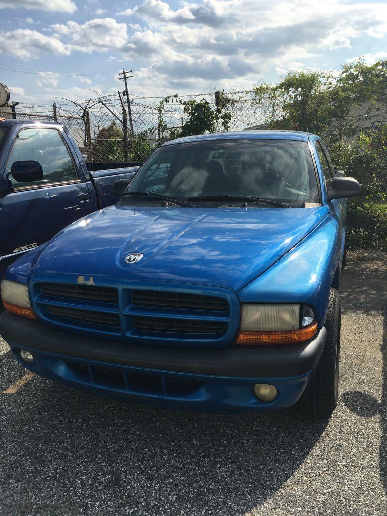 2001 Dodge Dakota Club Cab 2WD
