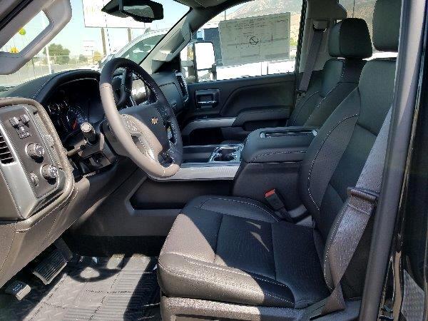 2017 Chevrolet Silverado 3500HD 4WD Crew Cab 153.7