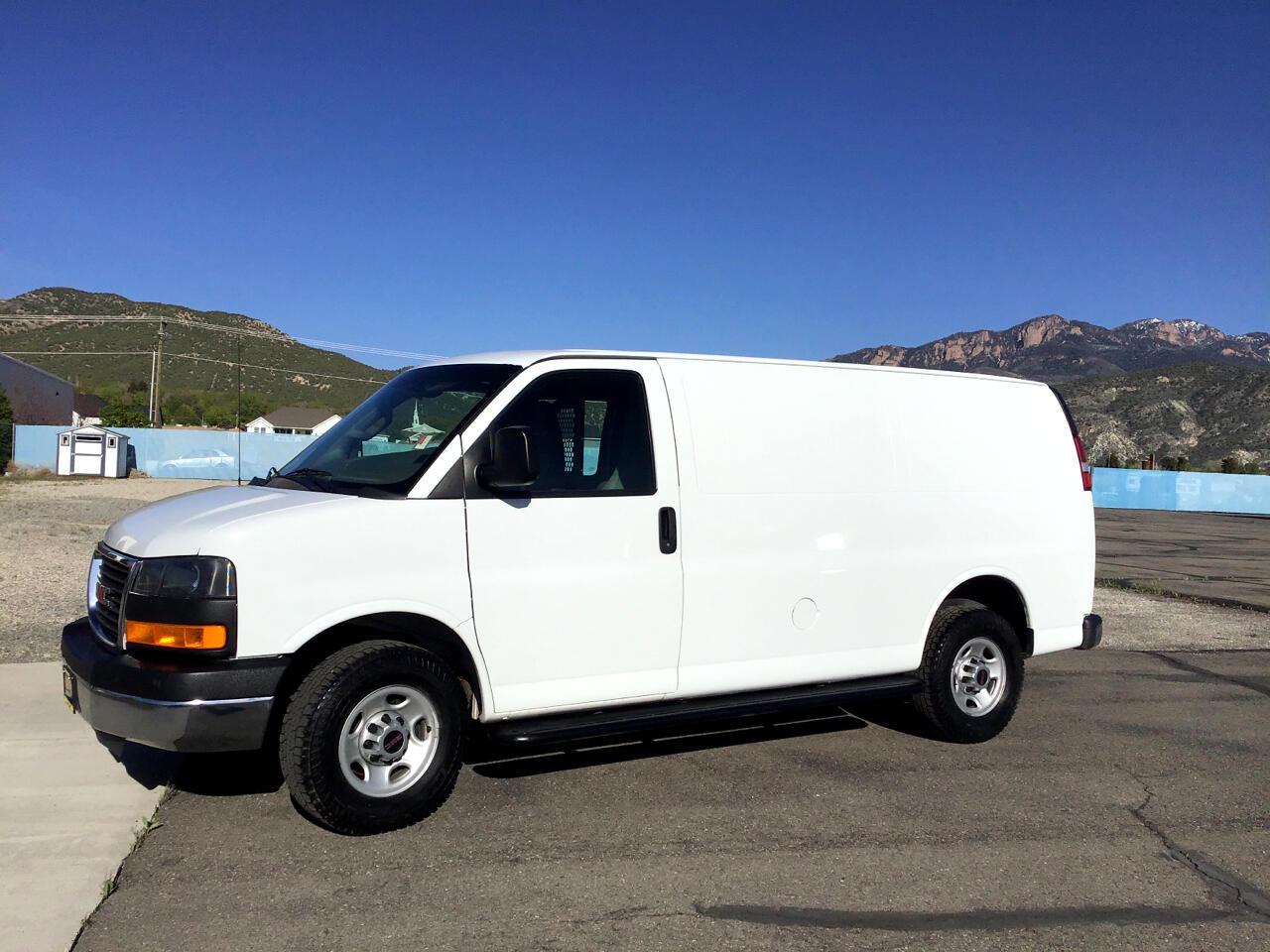 "GMC Savana Cargo Van RWD 2500 135"" 2016"
