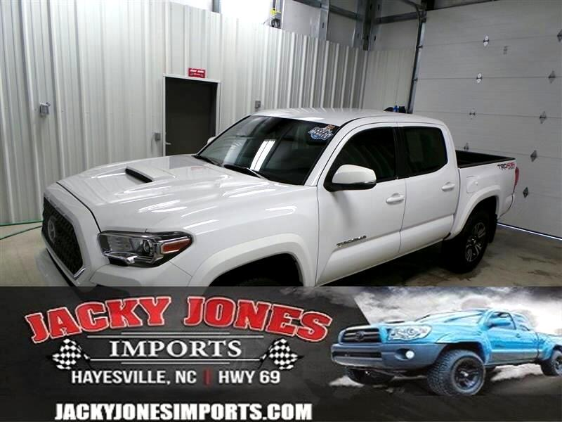 2018 Toyota Tacoma TRD Sport Double Cab 5' Bed V6 4x4 MT (Natl)