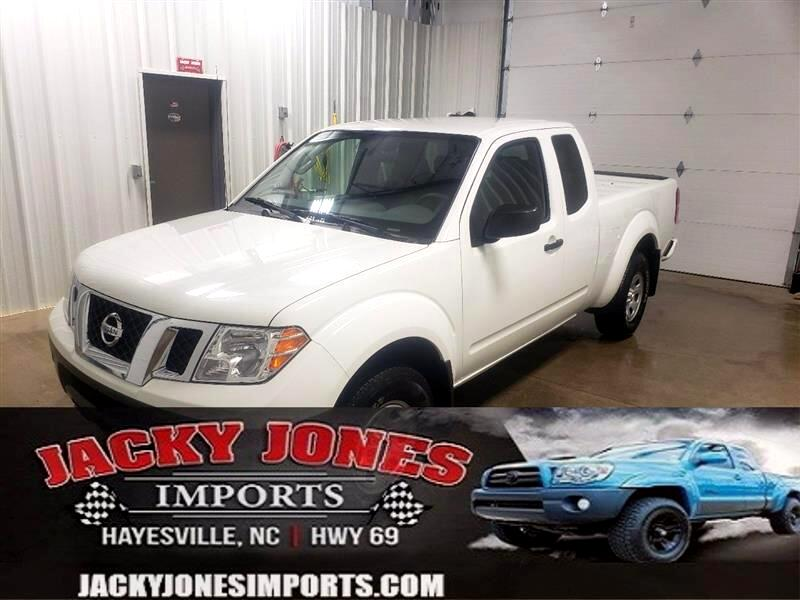 Nissan Frontier S King Cab I4 5MT 2WD 2019