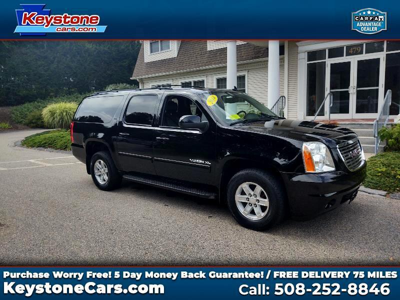 GMC Yukon XL SLT 1/2 Ton 4WD 2014
