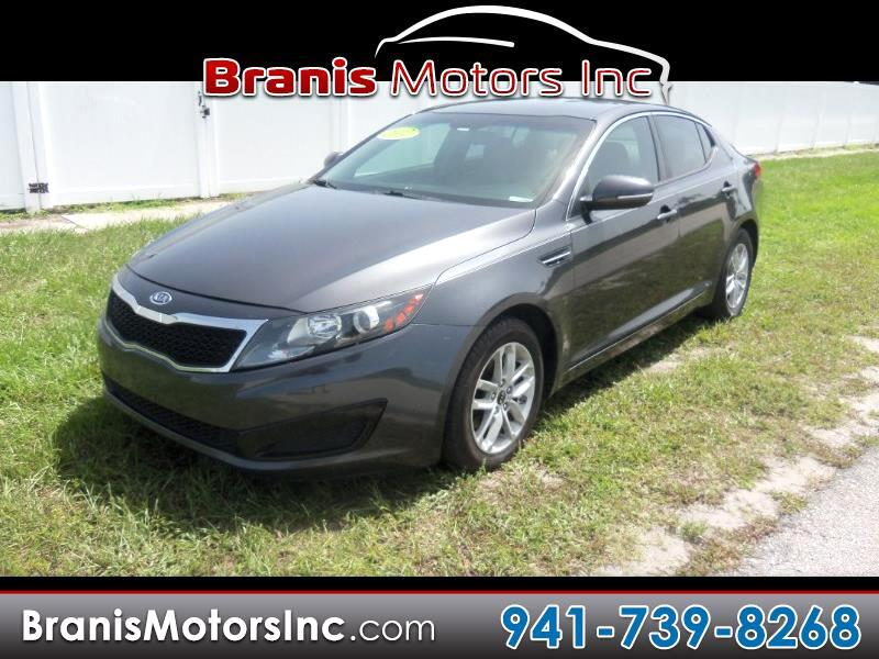 2011 Kia Optima 4dr Sedan LX (M6)