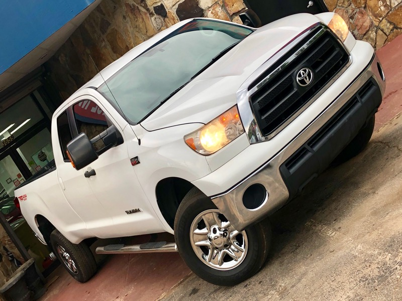 Toyota Tundra Tundra-Grade 5.7L Double Cab Long Bed 4WD 2012