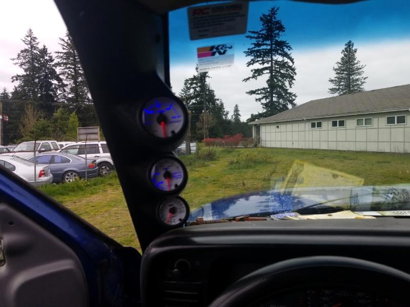 Dodge Ram 2500 ST Club Cab 6.5-ft. Bed 4WD 1997
