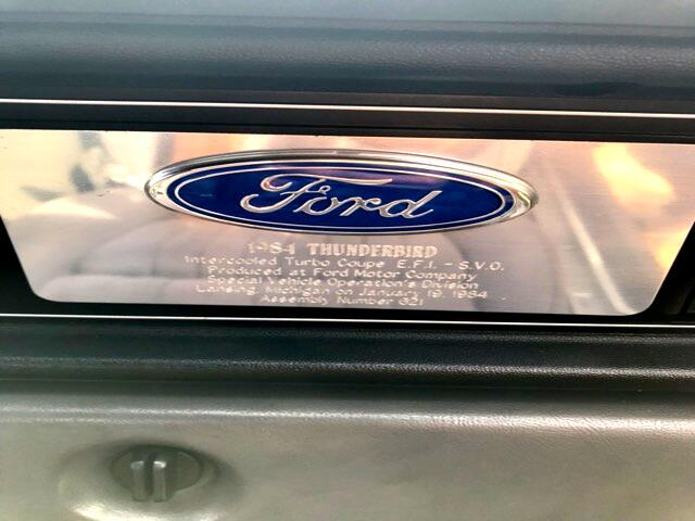 Ford Thunderbird Base 1984
