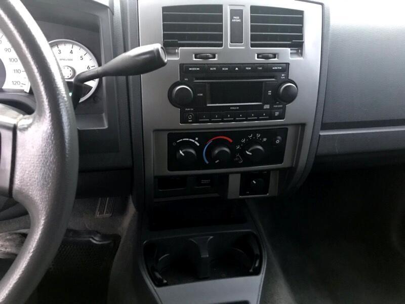 Dodge Dakota SLT Club Cab 4WD 2007