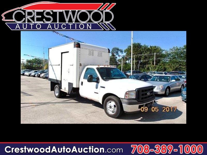 Ford F-350 XL SuperCab DRW 2WD 2006