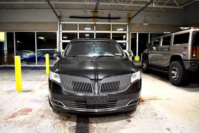 Lincoln MKT Livery AWD 2013