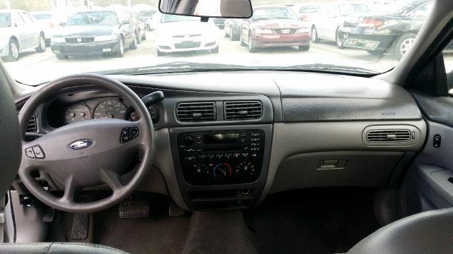 2003 Ford Taurus SES