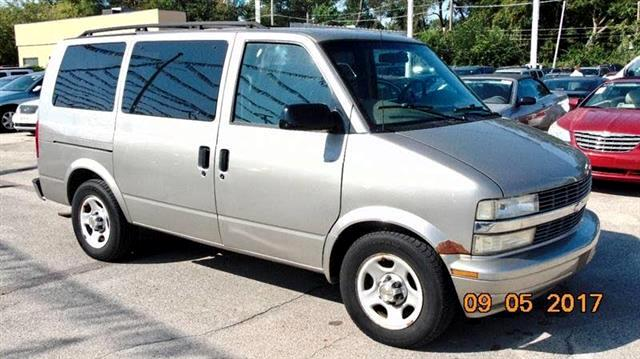 2003 Chevrolet Astro 2WD