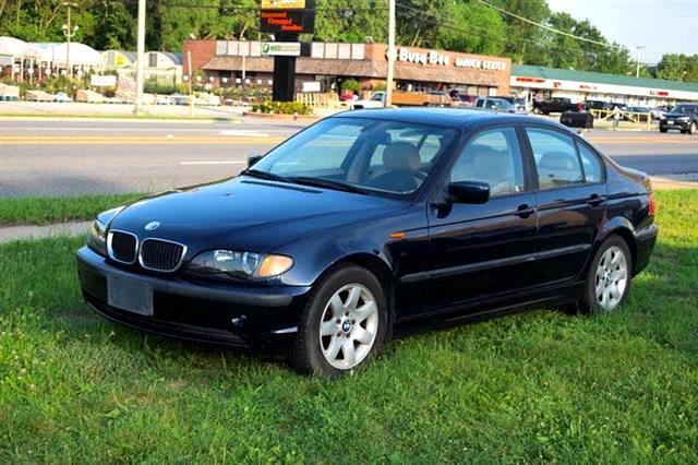 2005 BMW 3-Series 325i Sedan