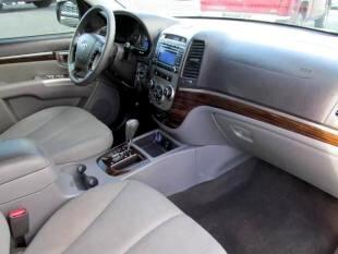 2011 Hyundai Santa Fe 4dr SUV GL FWD 2.7L Auto