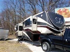 2018 DRV Luxury Suites Mobile Suite