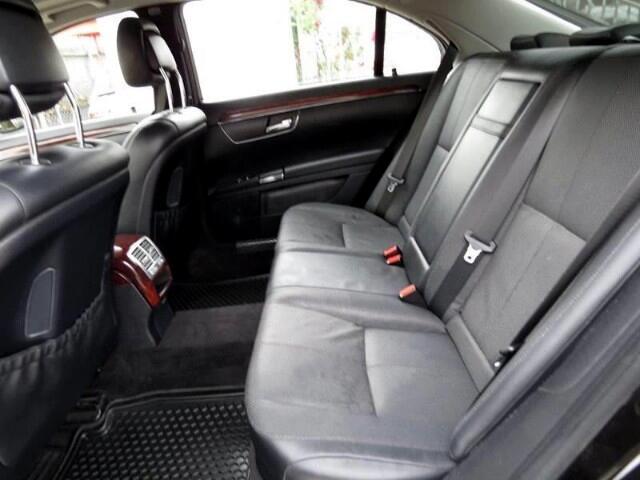 2009 Mercedes-Benz S-Class S550 4MATIC