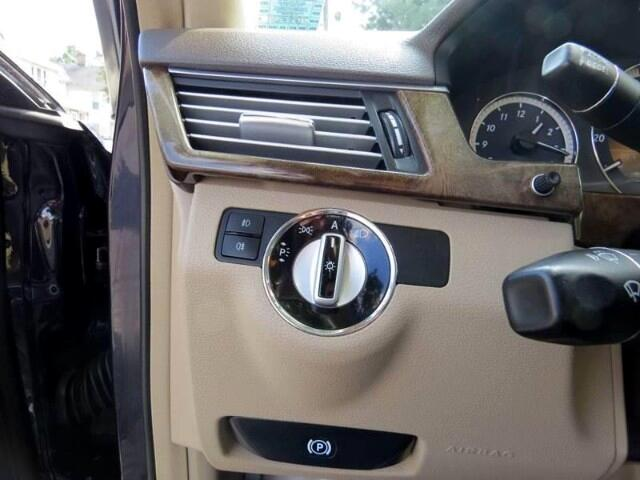 2010 Mercedes-Benz E-Class E350 Sedan 4MATIC