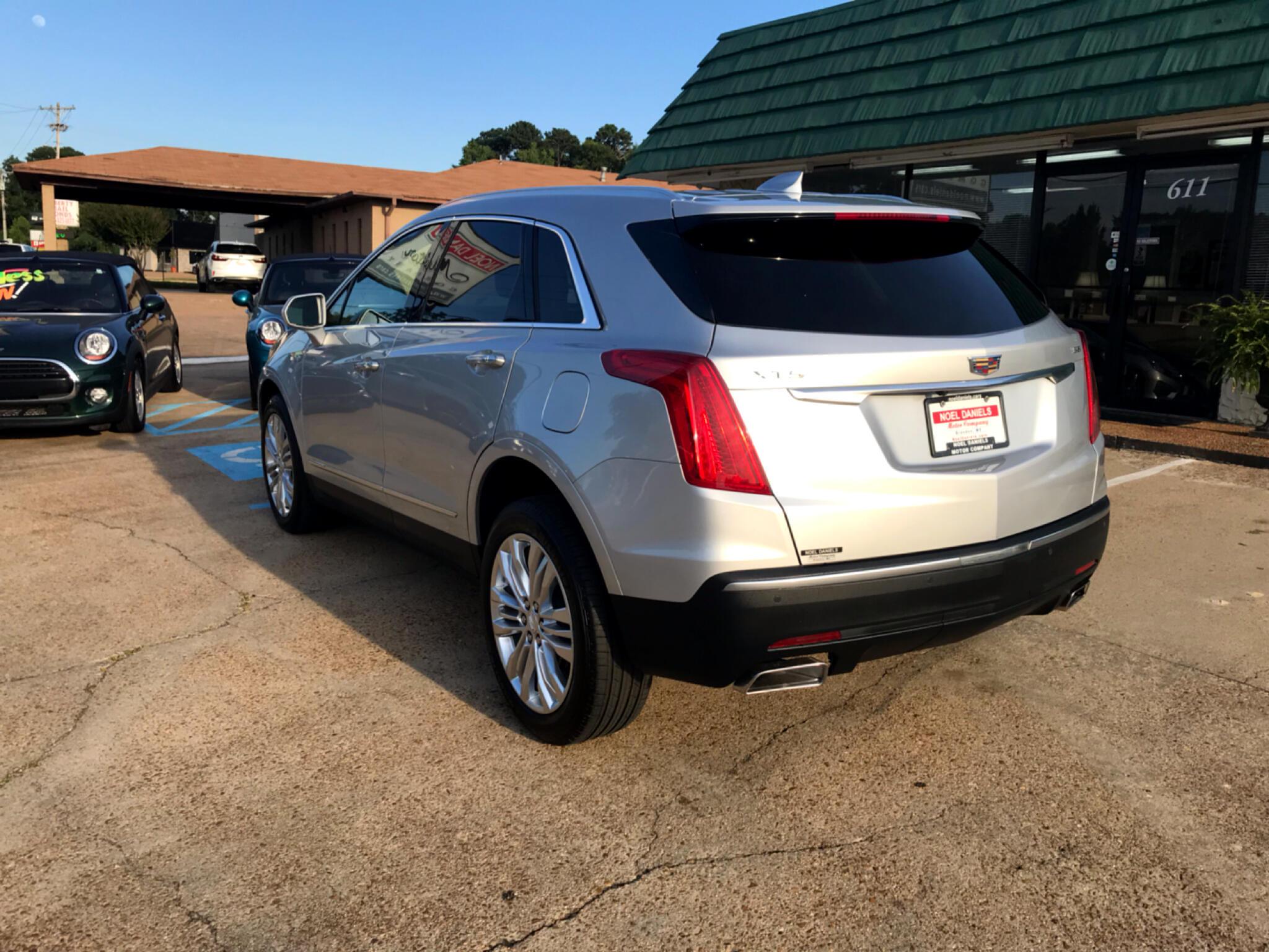 2019 Cadillac XT5 FWD 4dr Premium Luxury