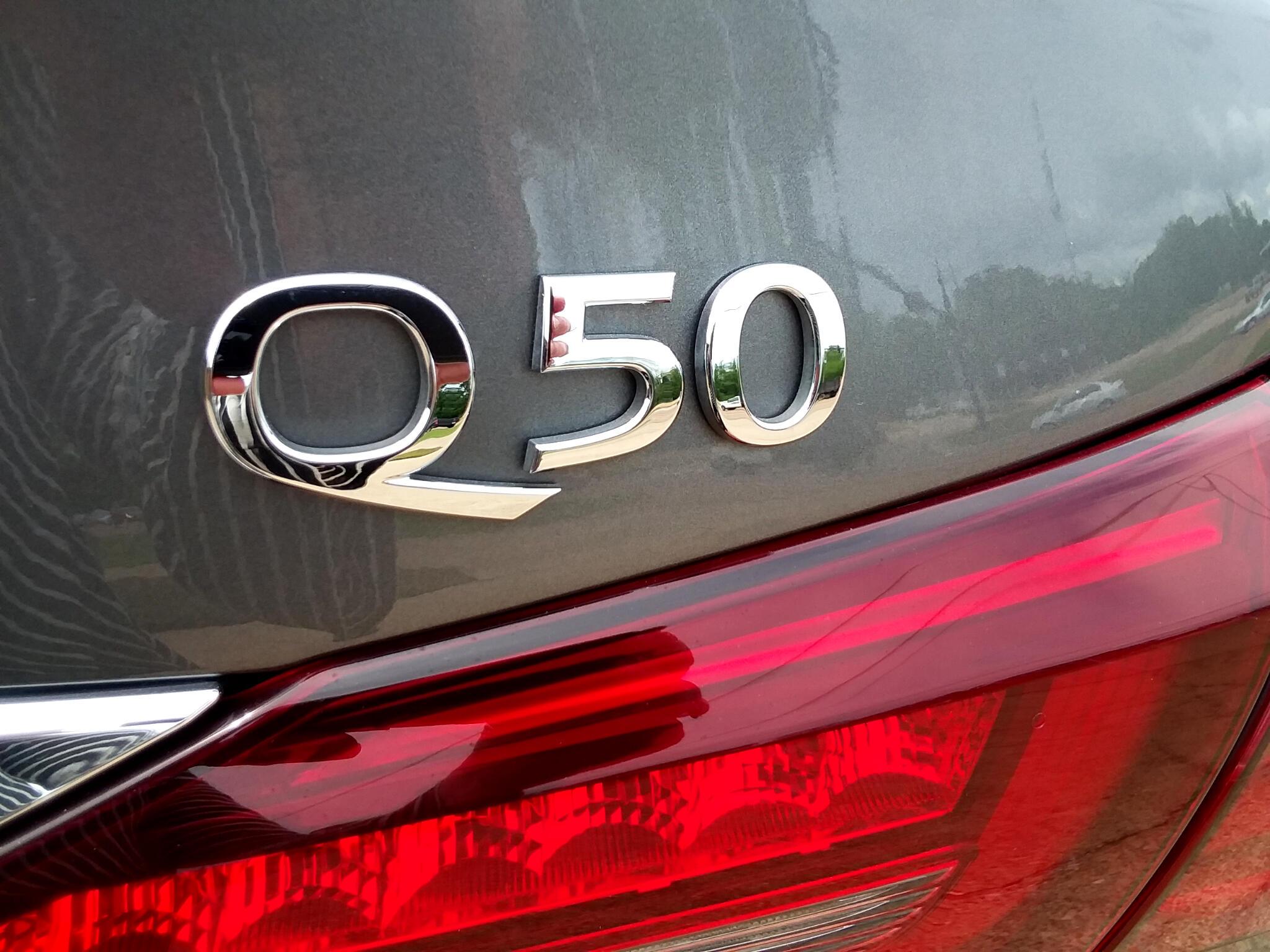 2018 Infiniti Q50 3.0t LUXE RWD