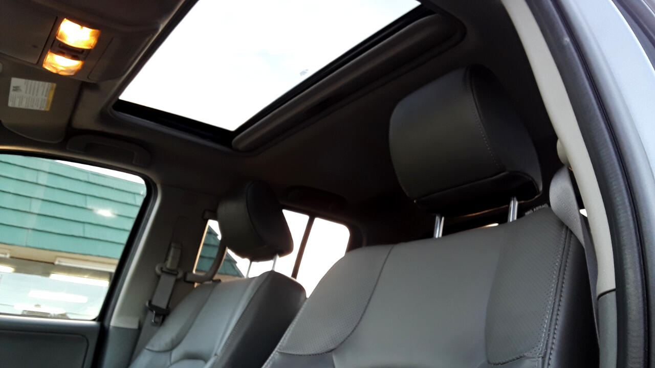 2019 Nissan Frontier Crew Cab 4x4 SL Auto