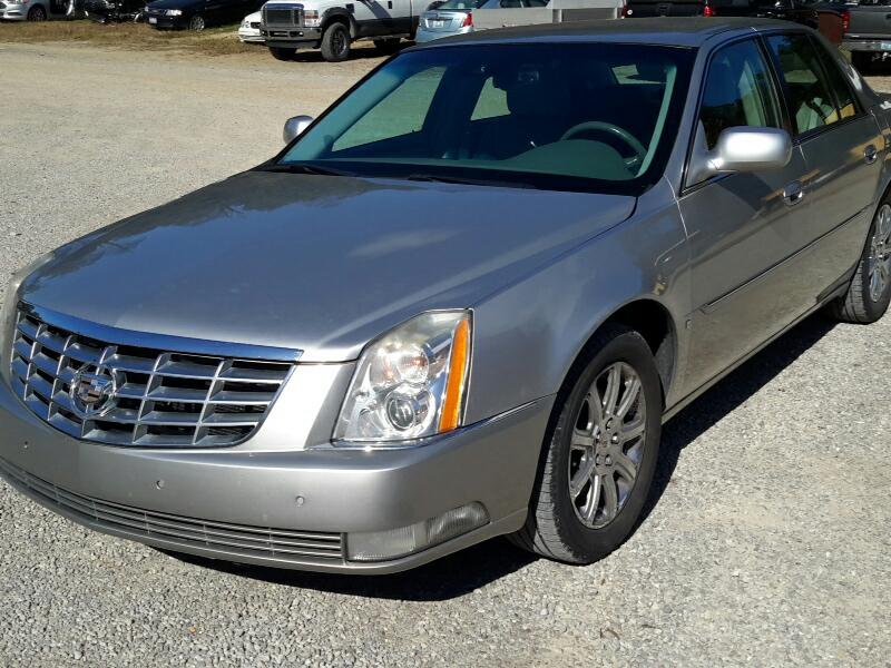 2008 Cadillac DTS 4dr Sdn Luxury I