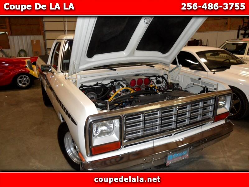 Dodge D150 S Reg. Cab 6.5-ft. Bed 2WD 1985