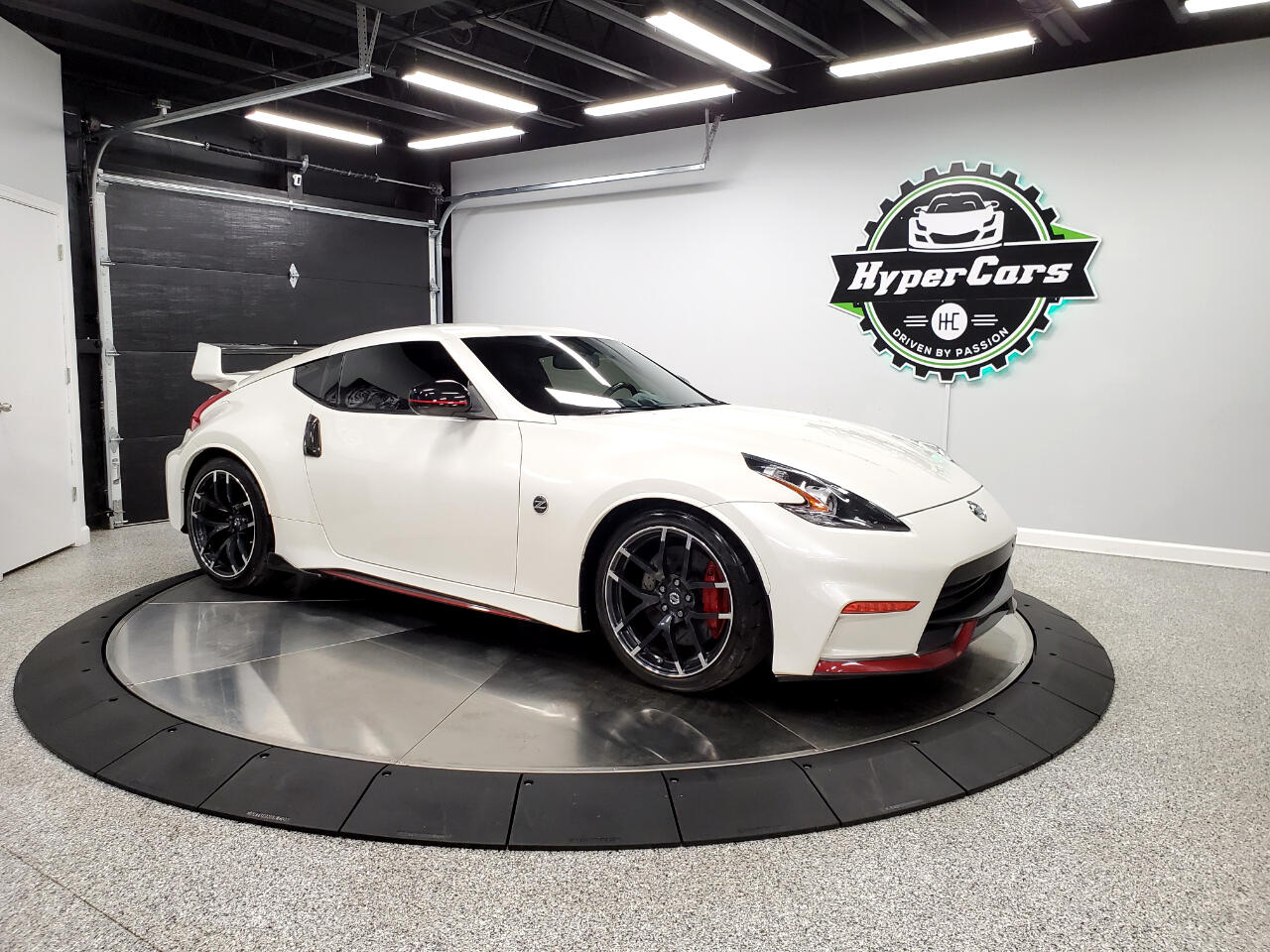 Nissan Z 370Z Coupe NISMO Tech 7AT 2015
