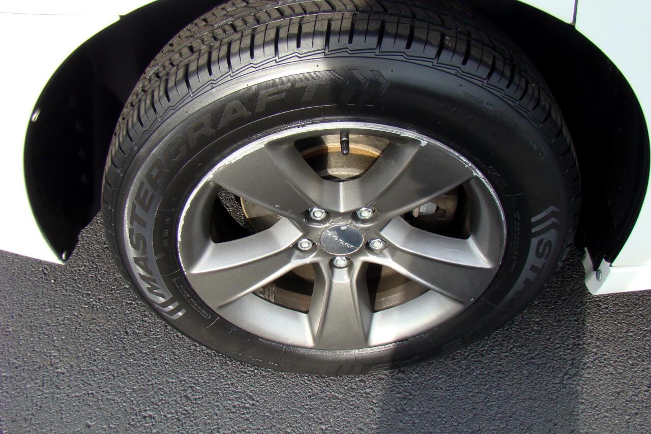 2011 Dodge Charger SE