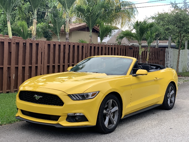 2017 Ford Mustang V6 Convertible