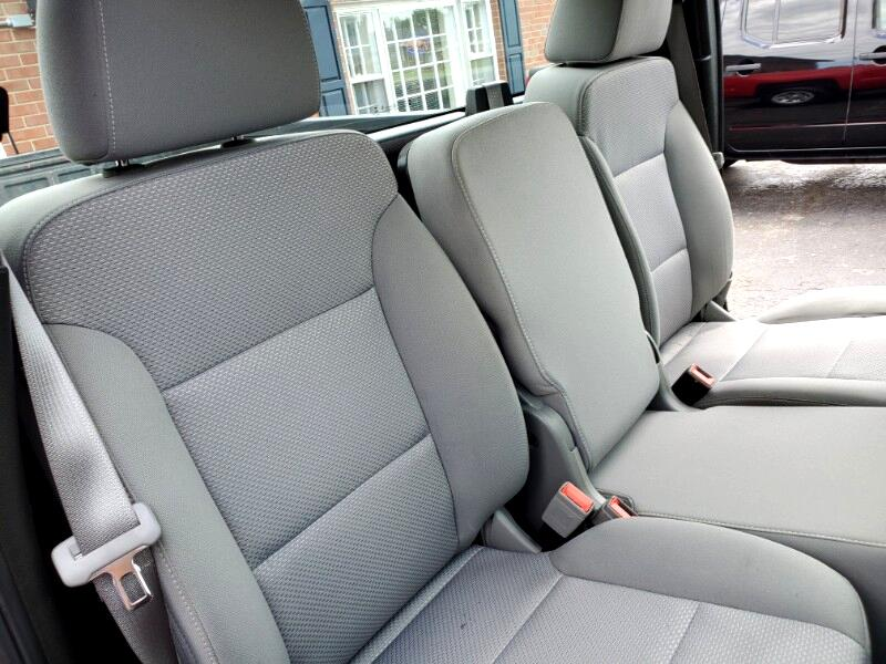 """Chevrolet Silverado 1500 2WD Reg Cab 140"""" Work Truck 2016"""