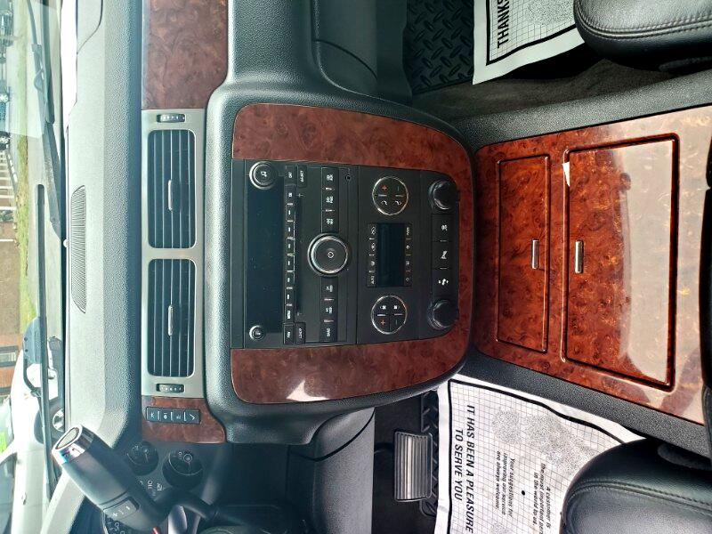 Chevrolet Avalanche LTZ 4WD 2009