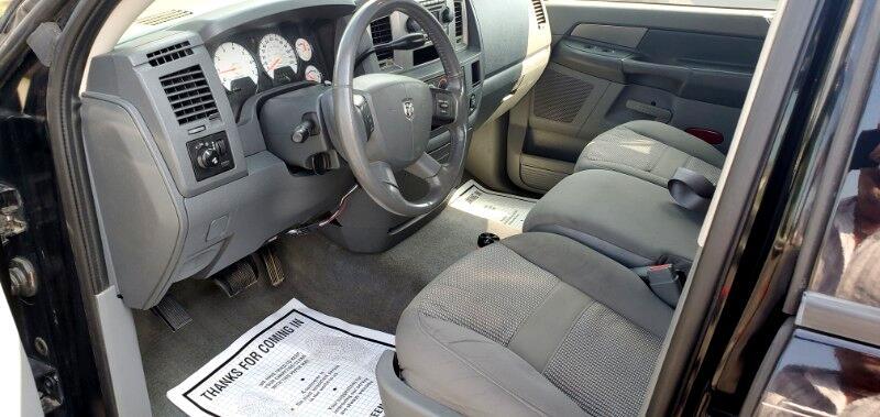Dodge Ram 1500 4dr Quad Cab 140.5 SLT 2006