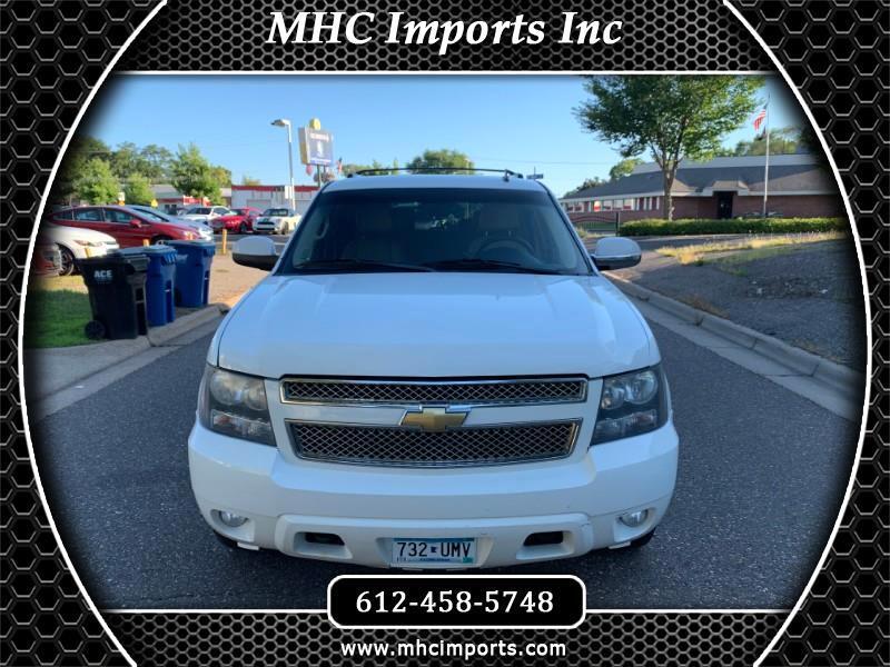 2008 Chevrolet Suburban 4WD 4dr 1500 LT w/2LT