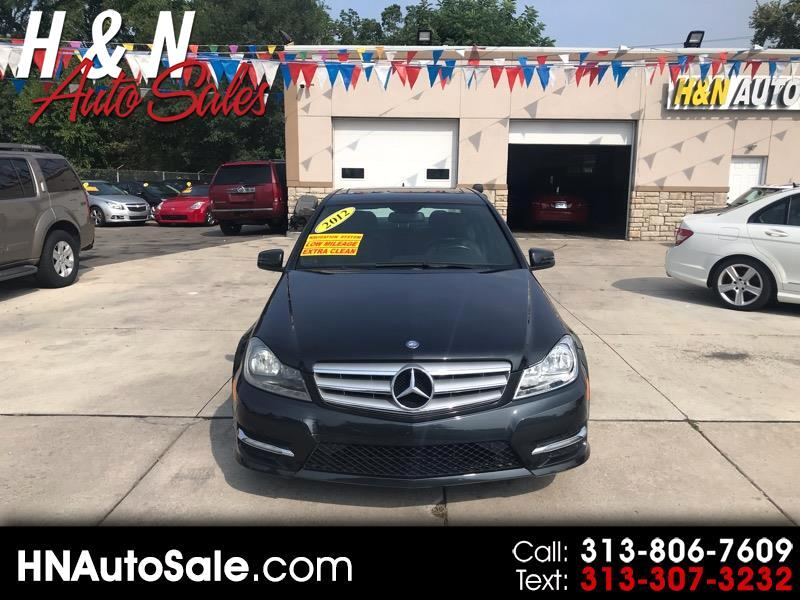 2012 Mercedes-Benz C-Class 4dr Sdn C 300 Luxury 4MATIC