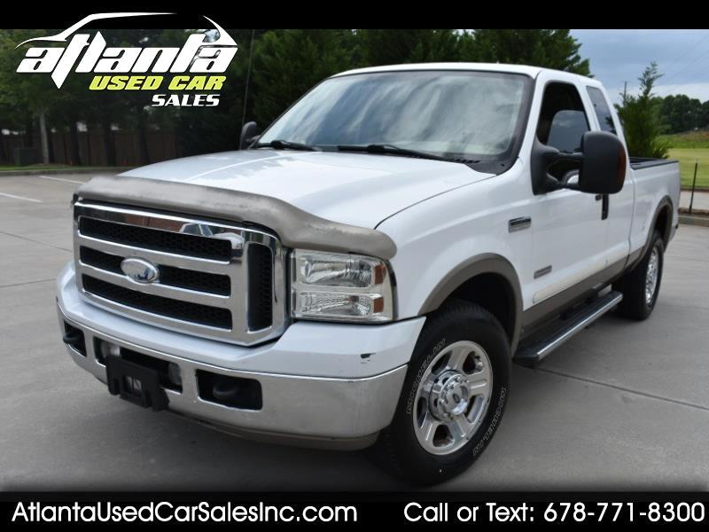 "Ford Super Duty F-250 Supercab 142"" Lariat 2005"
