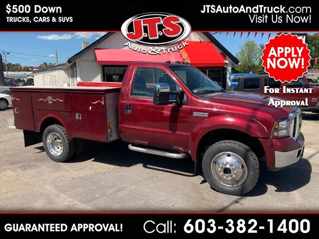 2005 Ford F-550 Regular Cab 4WD DRW