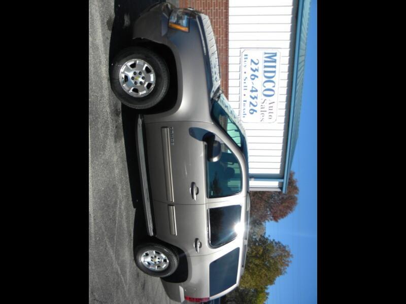 Chevrolet Tahoe LS 4WD 2013