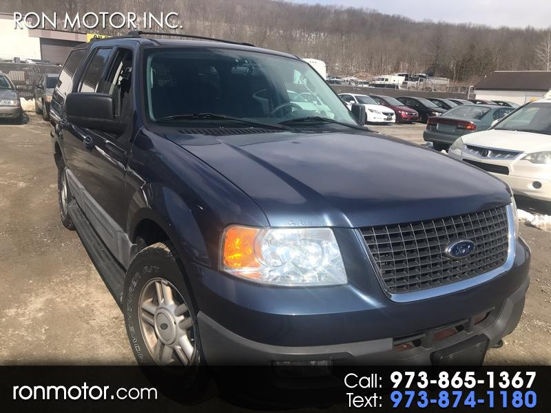 Ford Expedition XLT 5.4L 4WD 2004