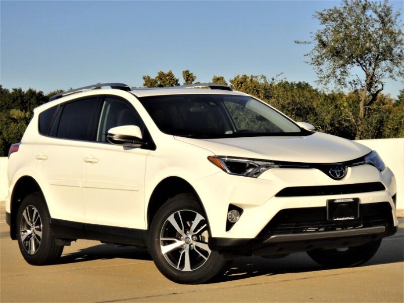 Toyota RAV4 XLE Premium AWD 2017