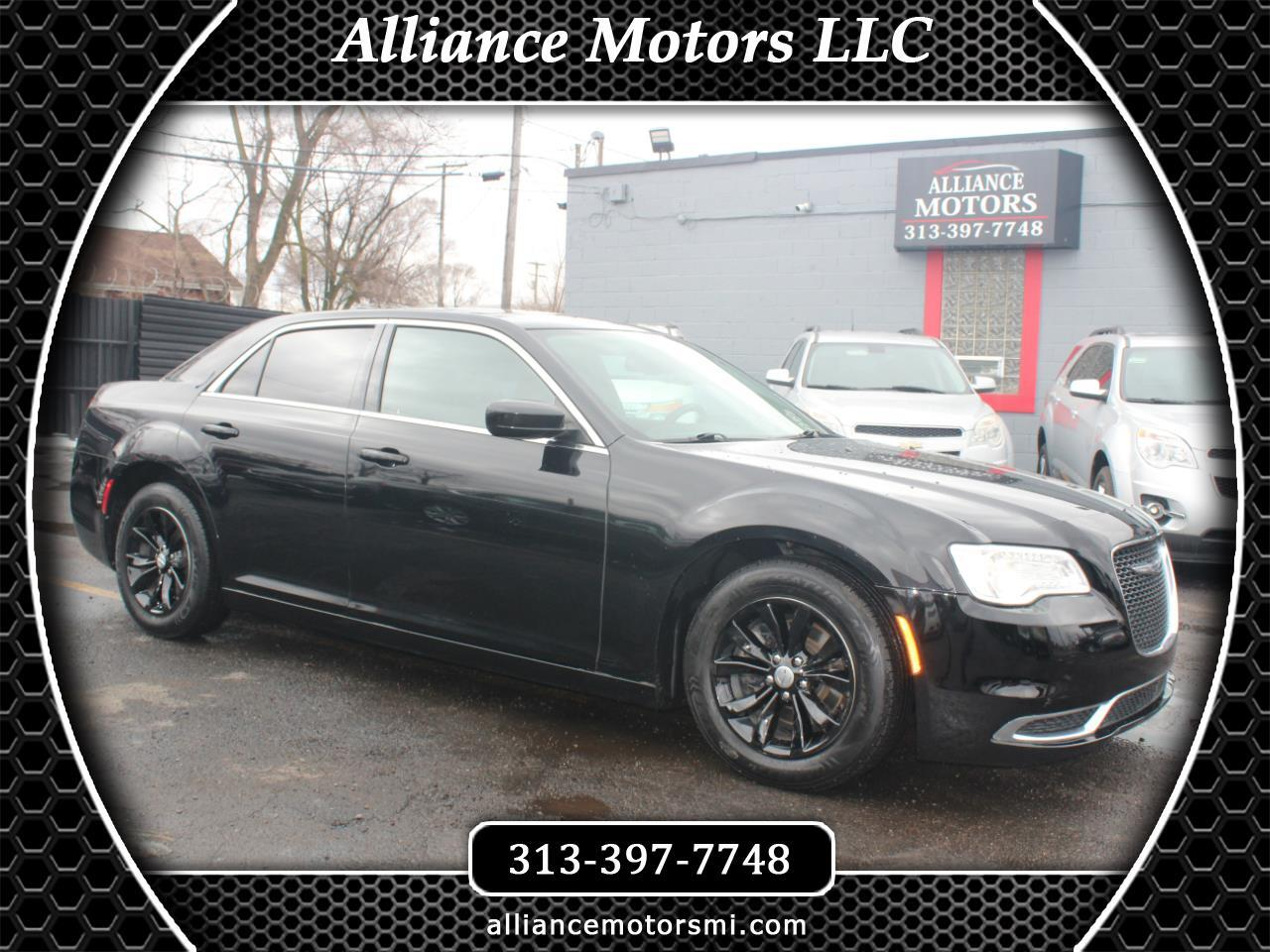 Chrysler 300 Limited RWD 2015